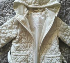 Snezno bela jakna
