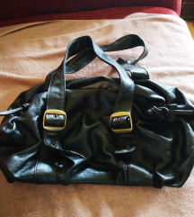 Smeđa torba u besprekornom stanju