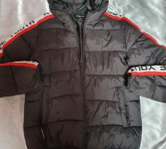 Topla jaknica za zimu