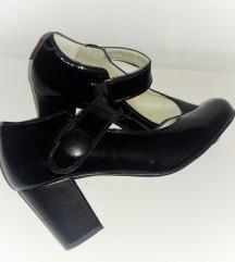 ALPINA lakovane kožne cipele kao NOVE
