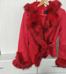 POPUST NA VISE ARTIKALA!!!Crvena bunda