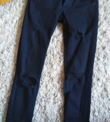 Terranova crne pantalone