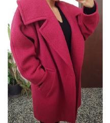 Prelepi pravi vuneni kaput sa postavom M/L