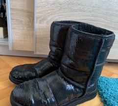 Ugg crne čizme od sljokica