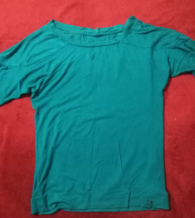 Tirkiz plava majica NOVA CENA 400 DIN