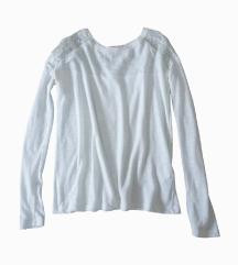 Bela majica dugih rukava sa čipkom