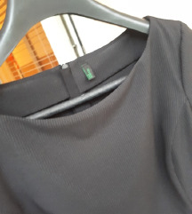 Crna Benetton haljina