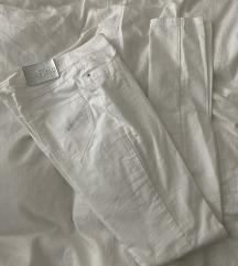 AirField bele pantalone
