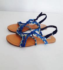 OYSHO sandale odlicne