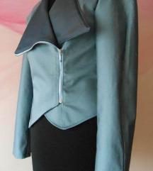 Sivo plava moderna jakna