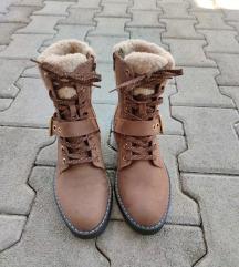 Ženske čizme jesen/zima NOVO