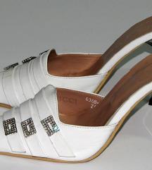 Bele papuče