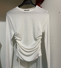 *NOVO* Bershka majica