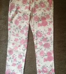Prelepe cvetne pantalone