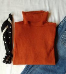 Beneton džemper/rolka