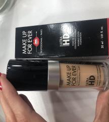 Make up 4ever HD tecni puder