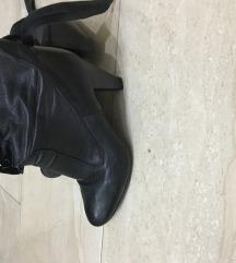 Polu cizme