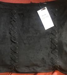 Bershka suknja 40