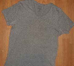 New yorker siva majica