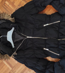 H&M jakna sa kapuljacom sa krznom 38