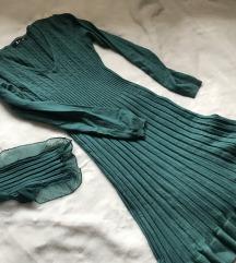 Smaragdno zelena pletena haljinica i šal