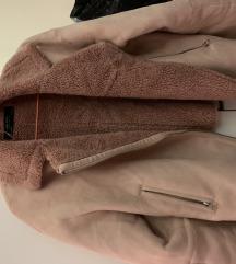 Bebi roze jakna Zara