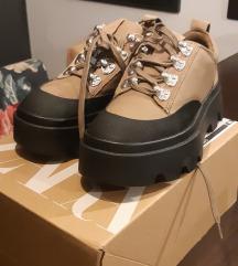 Zara mountain cipele NOVO
