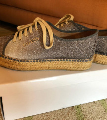 GUESS ESPADRILE