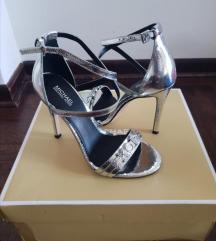 Nove Michael Kors sandale