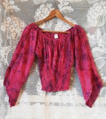 Pink bluza sa ljubicastim detaljima NOVA