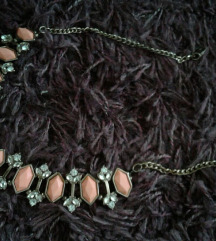Accessorize ogrlica - NOVO