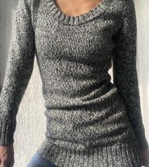 Džemper kao nov