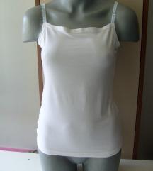 Jednostavna pamucna bela majica M