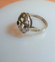 prsten srebro sa crnim biserom