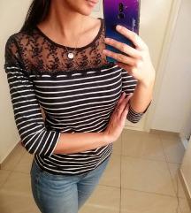 Bluza M(može i za L)