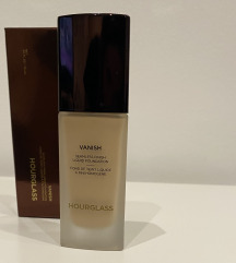 Hourglas Vanish seamless finish liquid foundation
