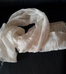 Svilena bela ešarpa, novo