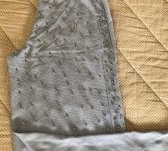 Pantalone sa perlama 38