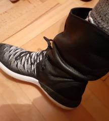 Nike Knit čizmice