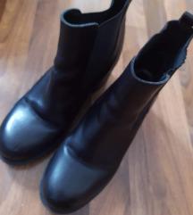 Čizme Bata br.39 kožne