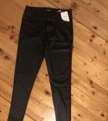 Nove pantalone od eko kože