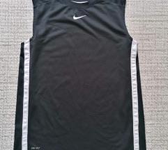 Nike majica decaci 13-15 god