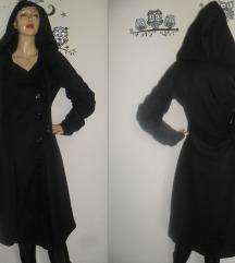 Izuzetan gothic kaput sa kapuljačom! NOVO!!
