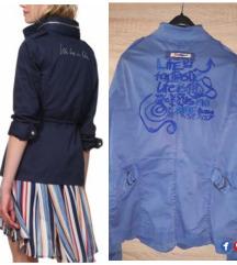 Prelepa Desigual prolecna jaknica