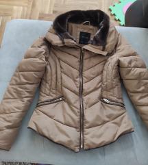 Zara jakna nova