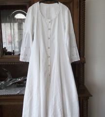 Kao nova bela vintage haljina