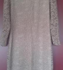 Cipka haljina puderasta Nova