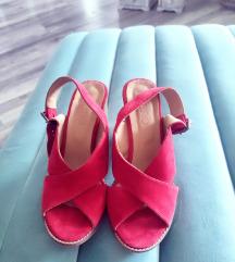 Nove kozne crvene sandale Bueno