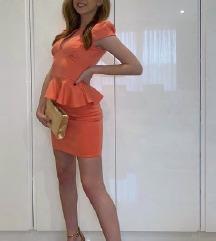 Prelepa peachy haljinica