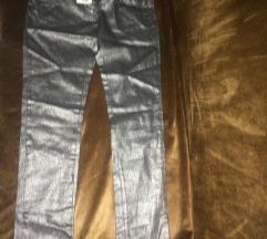 Metalik skinny pantalone